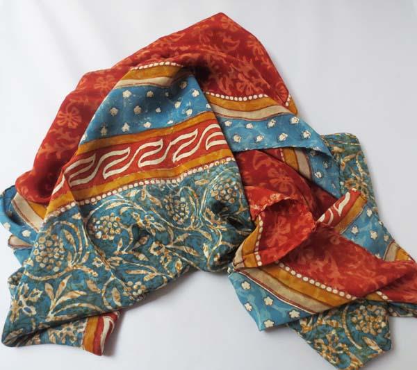 4-23photo-scarf