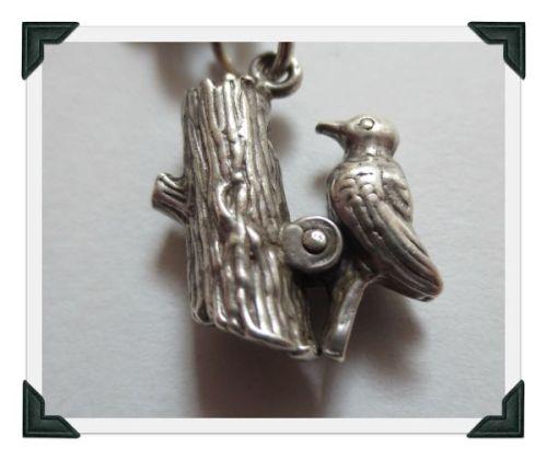 charm1-woodpecker