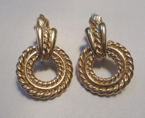 trifari-earrings