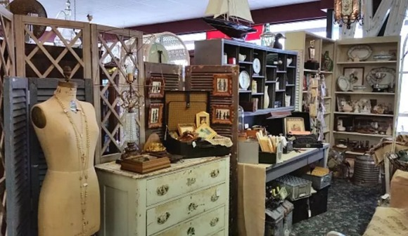 spring-antiques