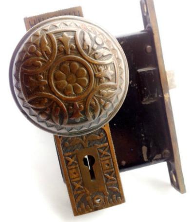 eastlake-doorknob
