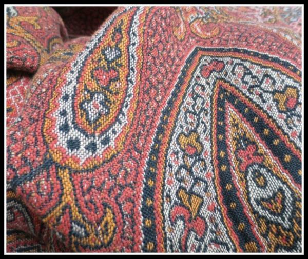 paisley-shawl