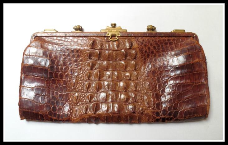 croc-purse