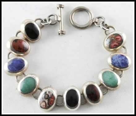 MEX-bracelet