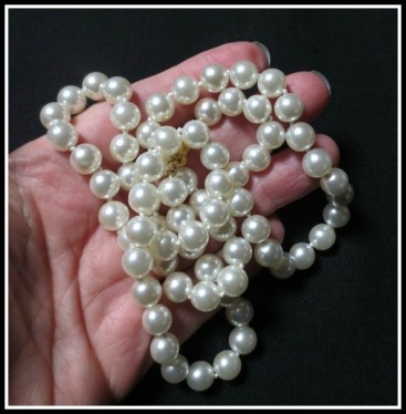 faux-pearls
