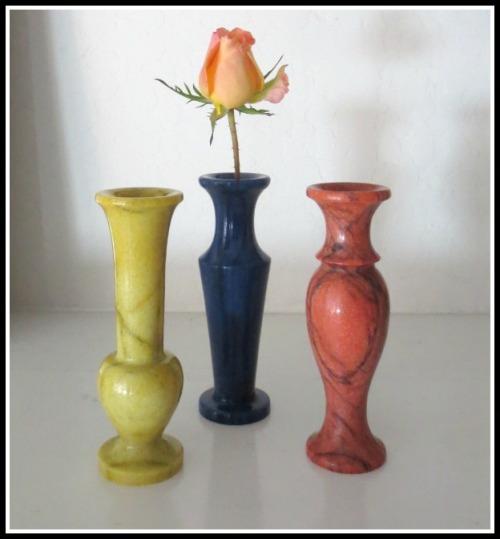 3-vases2