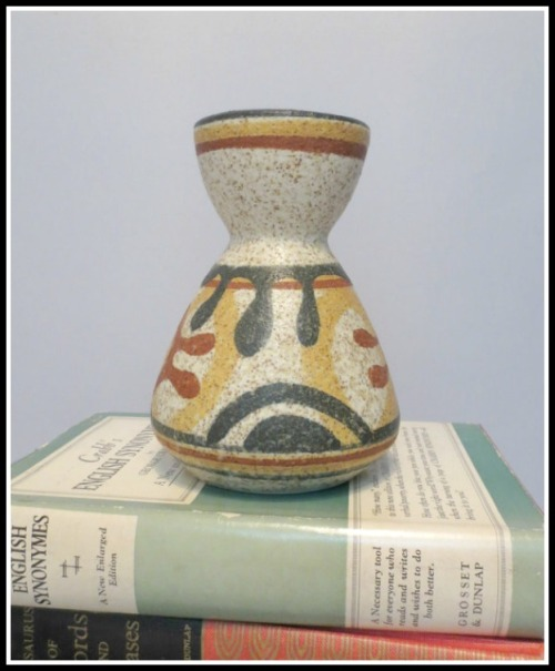 lapid-vase