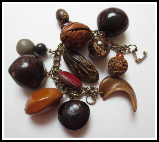 nut-bracelet