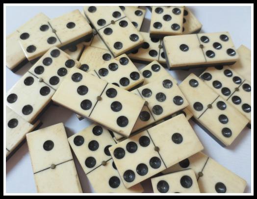 blog-BE-dominoes